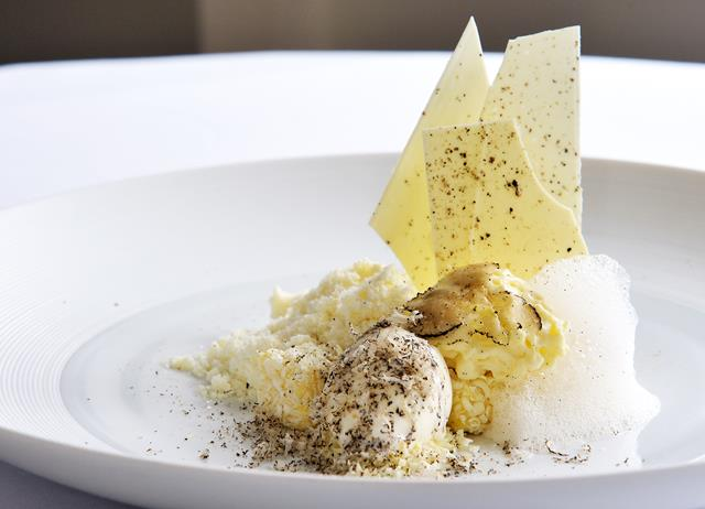 Truffle and white chocolate with truffle ice cream