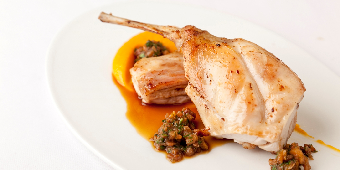Rabbit with butternut squash and papaya