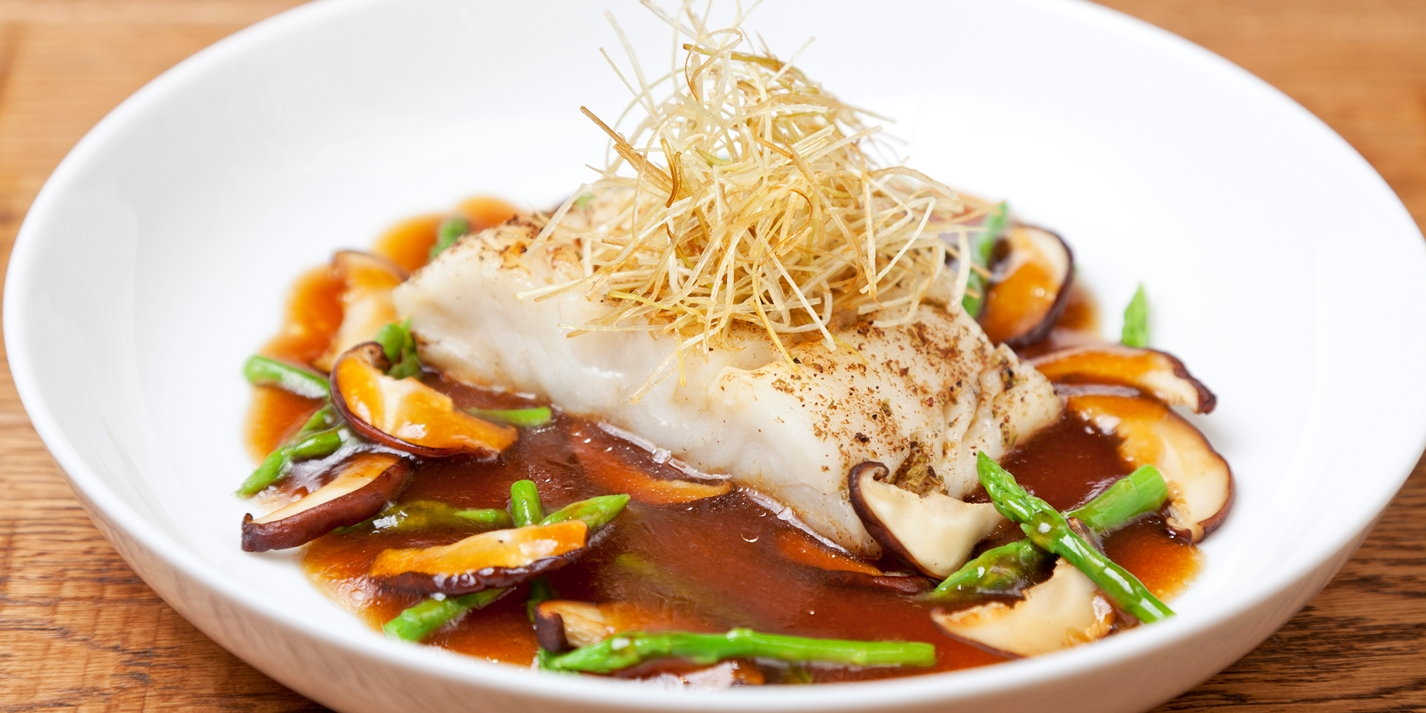 Spice-crusted Alaska black cod, onion sauce, shiitake and asparagus
