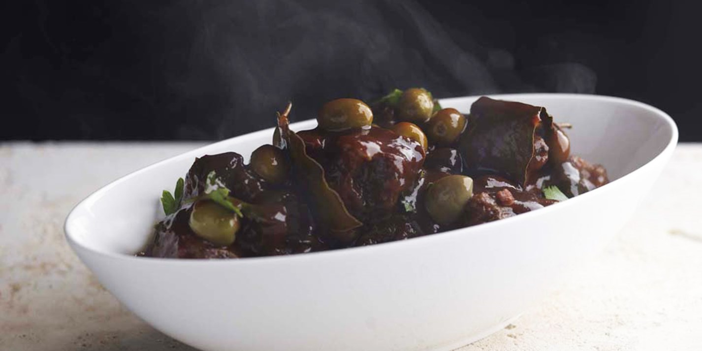 Oxtail stew with olives