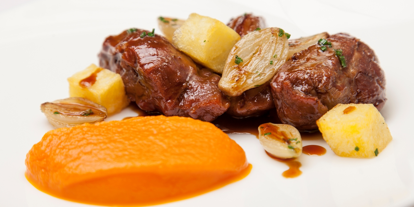 Meantime Yakima Red beer-braised Saddleback pork cheeks, creamed carrots and crispy potatoes