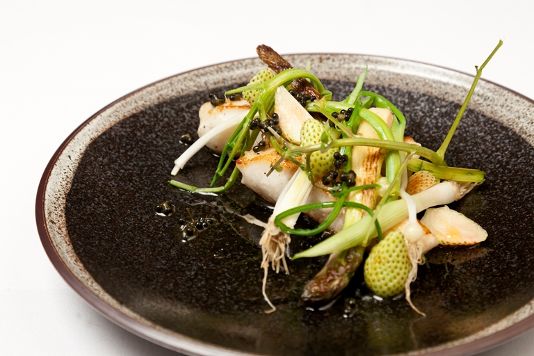 Turbot Recipe With White Asparagus And Berries Great