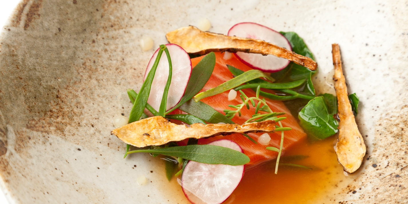 40°C salmon with potato juice, Jerusalem artichoke and sea vegetables