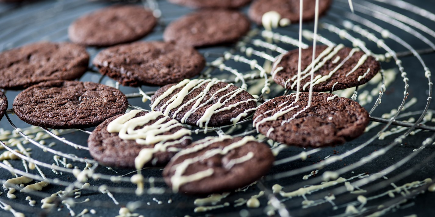 Hot chocolate biscuits