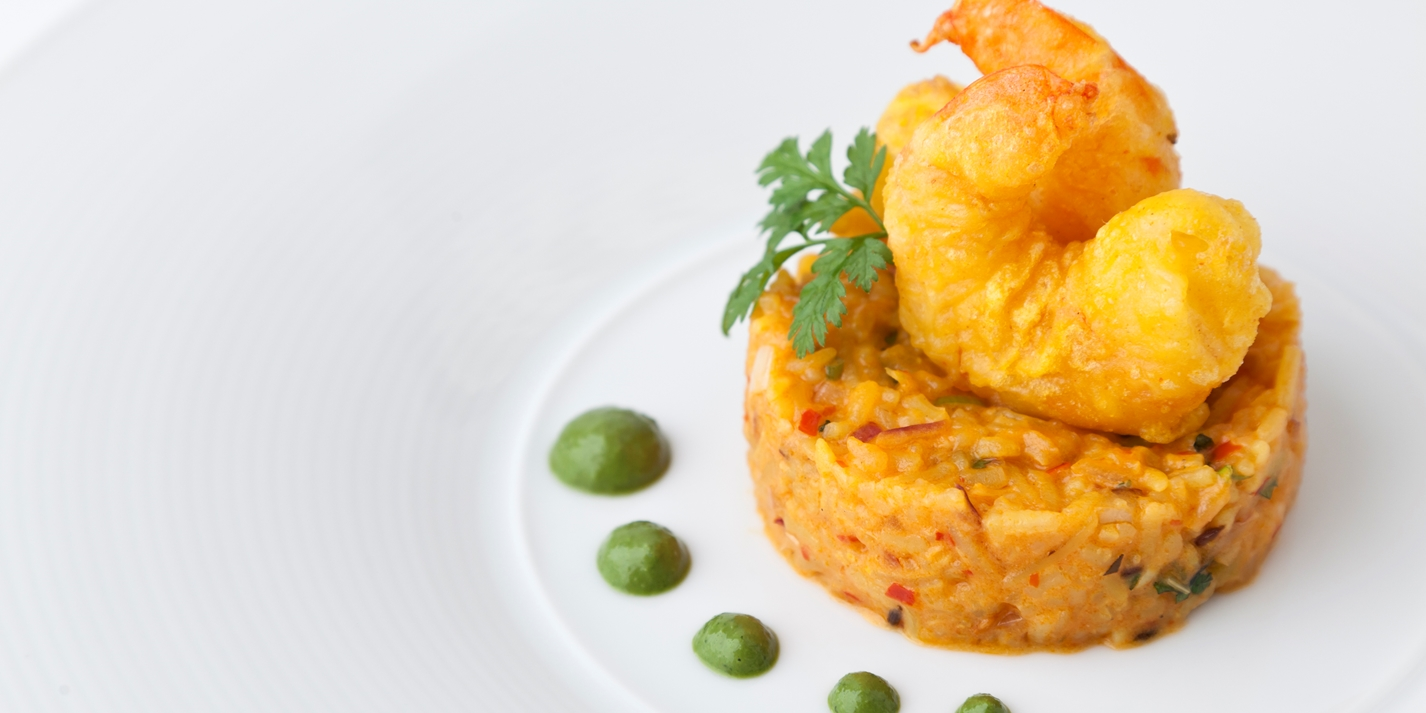 Crisp prawns and red onion-turmeric khichdi