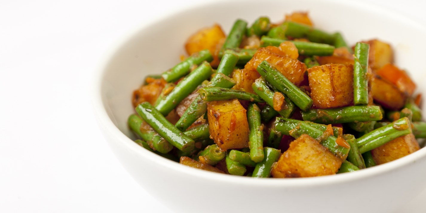 Fine beans and potato curry