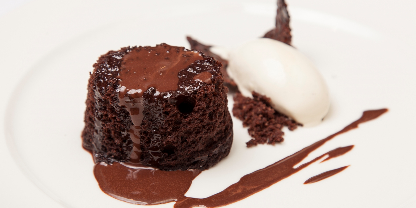 Steamed chocolate sponge puddings with malt ice cream