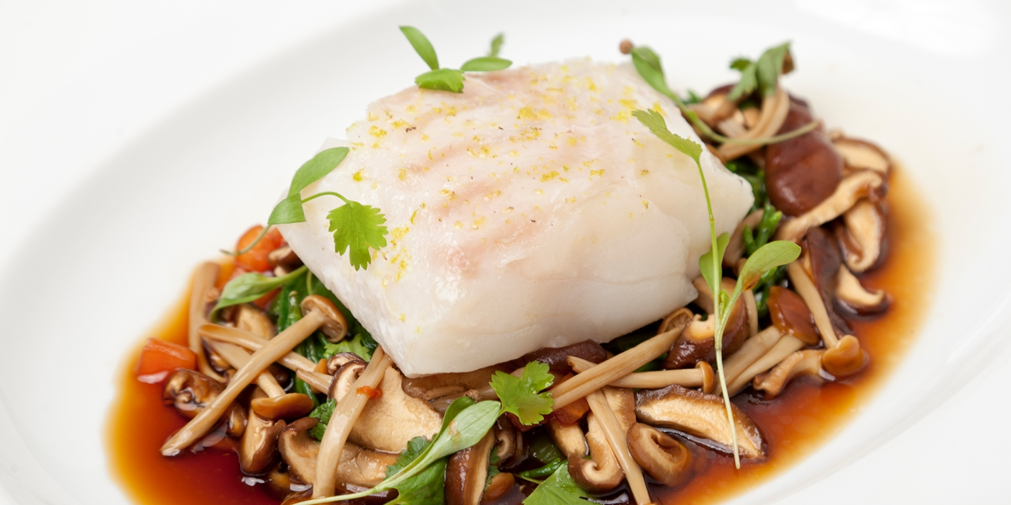 How to poach cod