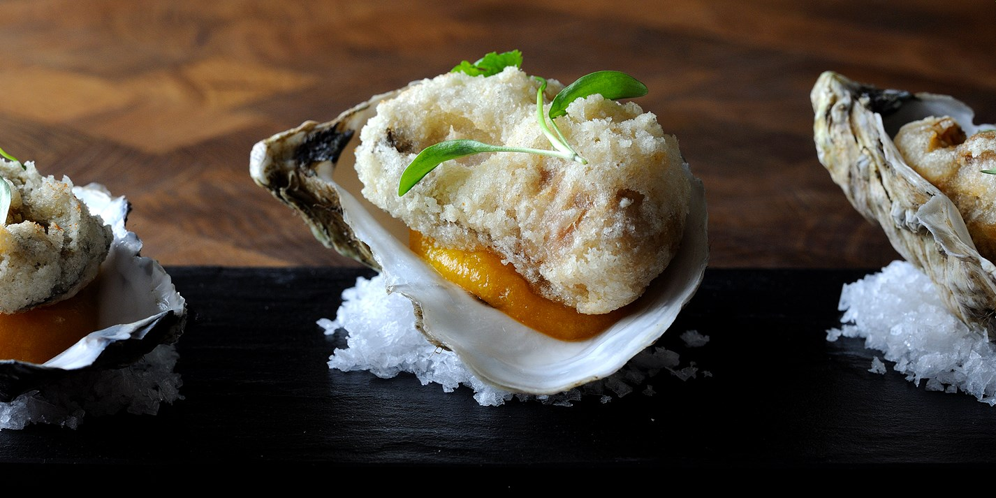 Oysters in crispy tempura batter with apricot purée