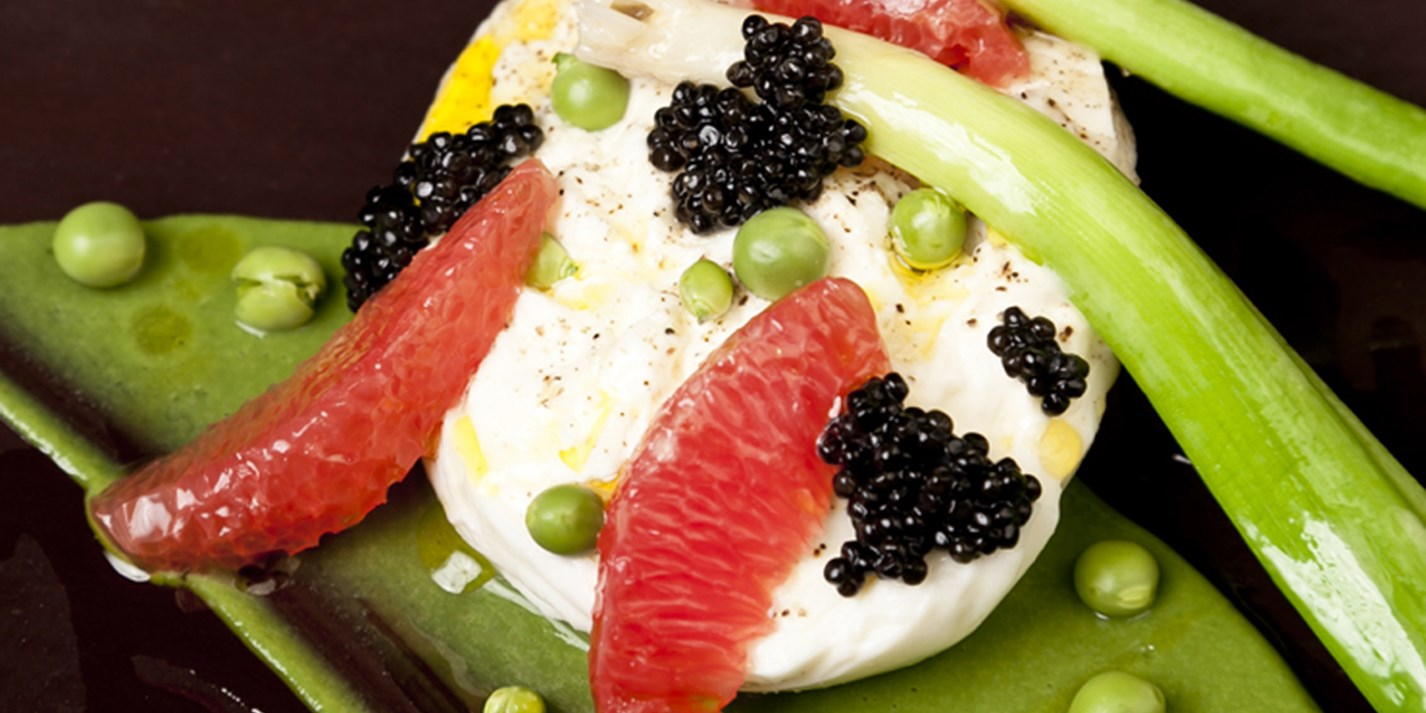 Burrata, pea, grapefruit, caviar and leek salad