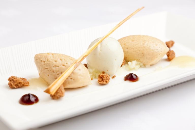 White Chocolate Mousse Gelatin
