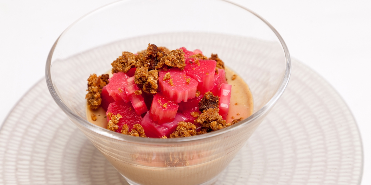 Liquorice panna cotta with Yorkshire rhubarb and parkin crumbs