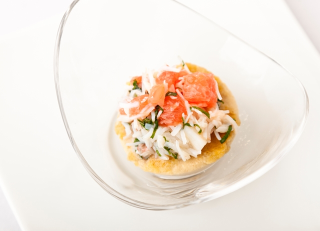 Crab Recipe With Pink Grapefruit & Mint Salad - Great British Chefs