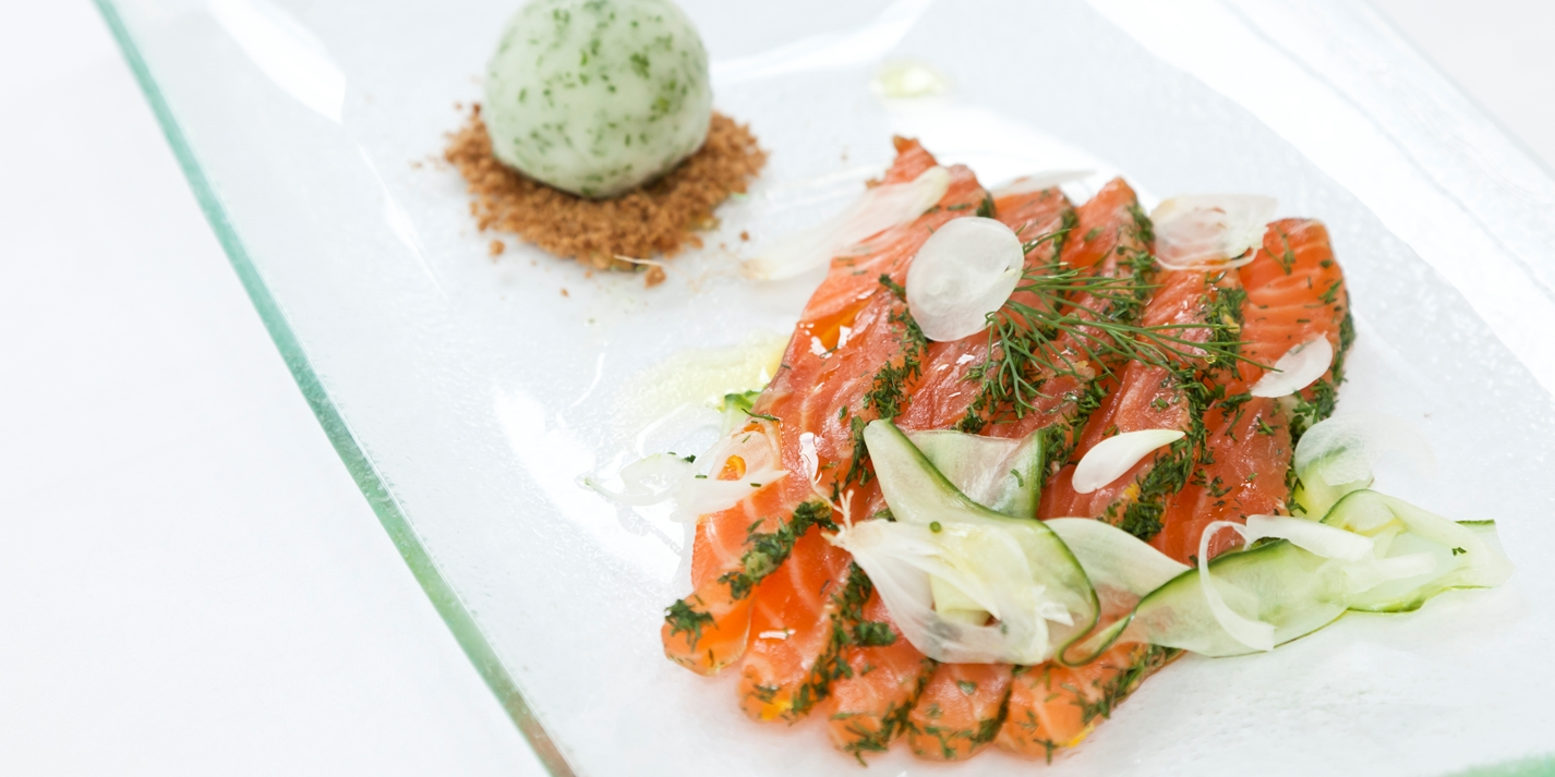Gravadlax of salmon with lime sorbet