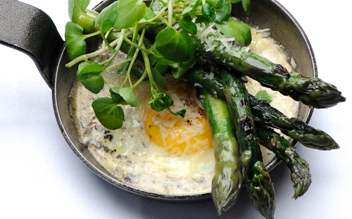 Ten ways to serve asparagus this spring