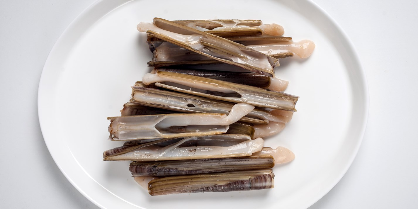 How to grill razor clams