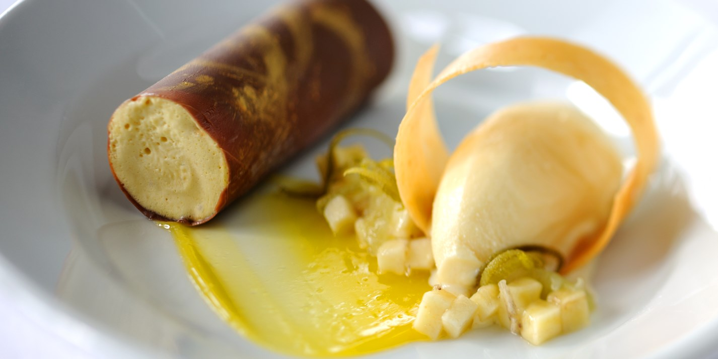 Banana and caramel parfait, peanut ice cream and kalamansi purée