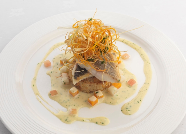 Fillet of sea bass with coriander and vanilla sauce