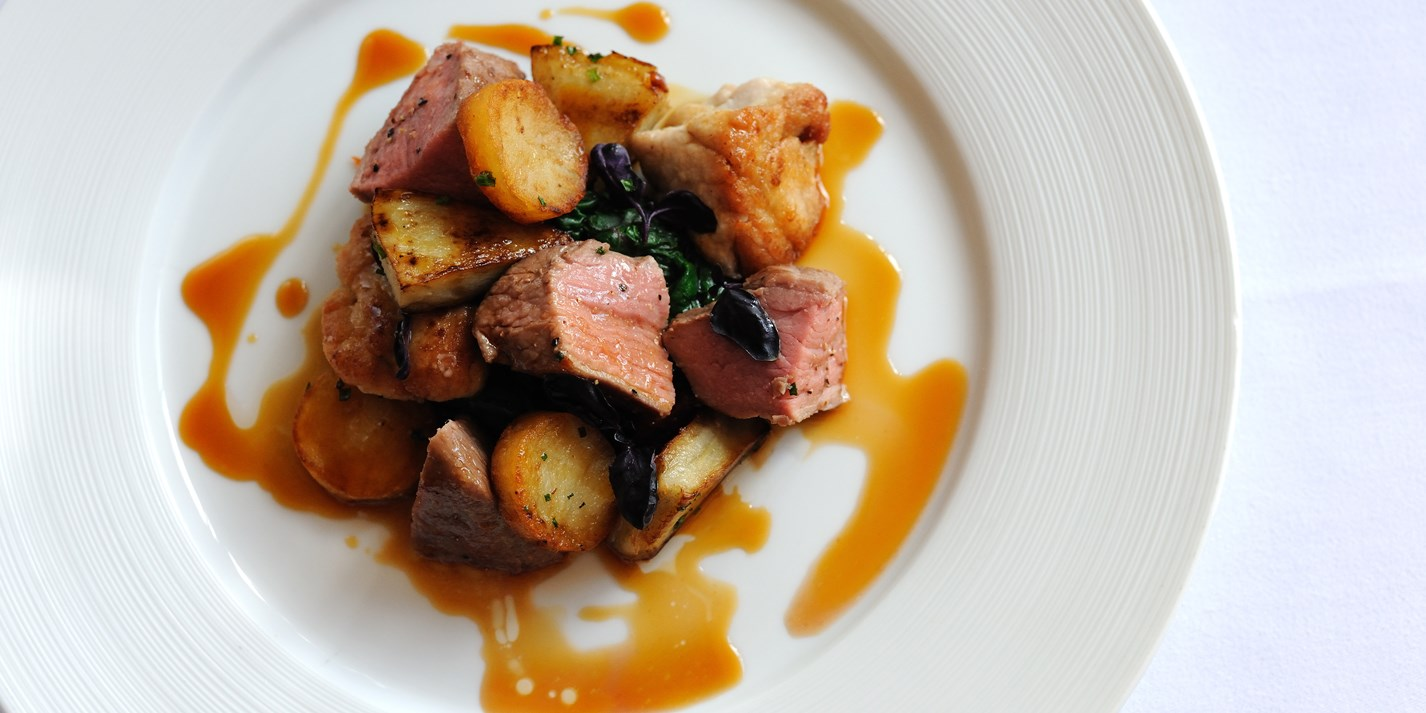 Roast rump of Dorset rosé veal with caramelised sweetbreads, sauté potatoes, artichokes and tomatoes