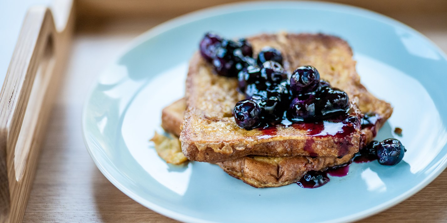 Cinnamon French toast with wimberries