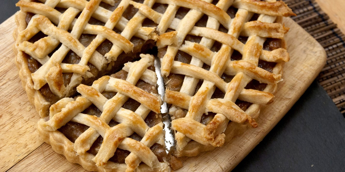 Banana lattice pie