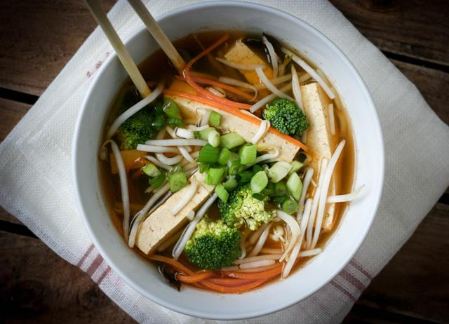 Vegetarian hot and sour soup