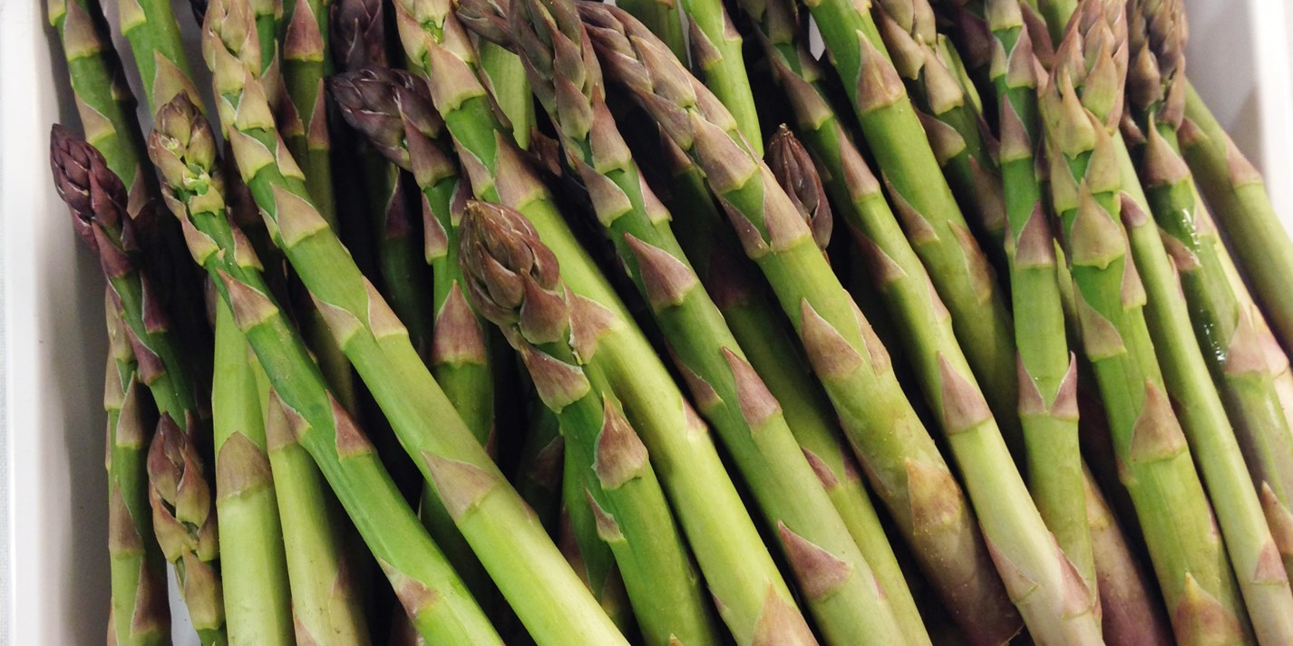 How to cook asparagus sous vide
