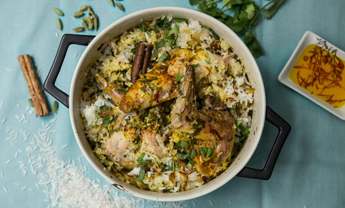 Toss the meat and golden rice together