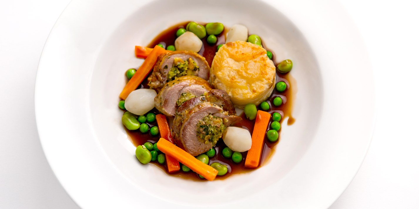 Roast lamb with parsley and pine nut stuffing