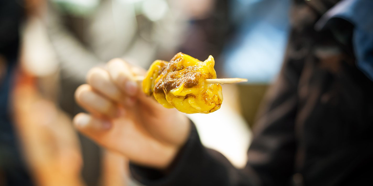 Like Singapore, can the UK expect to see street food stalls included in future Michelin guides?