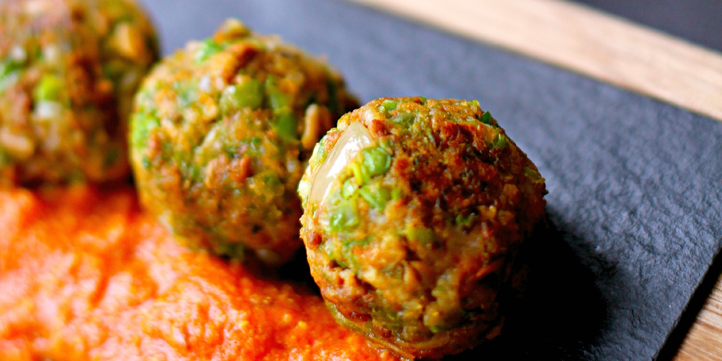 Pea and Quorn kofta curry