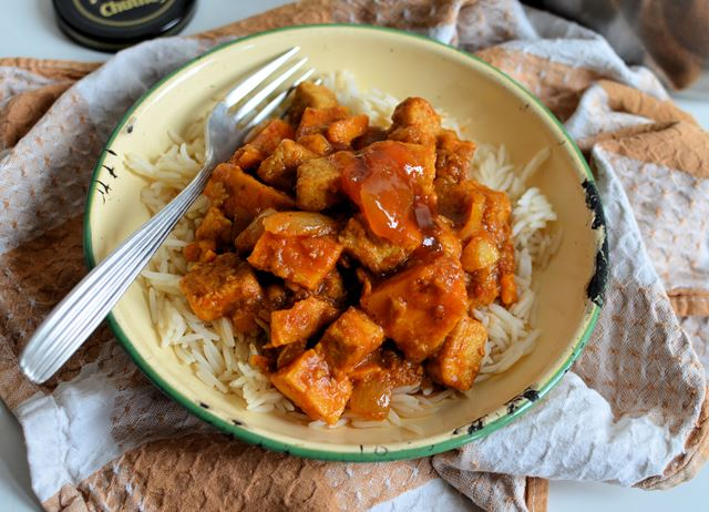 Quorn and sweet potato curry