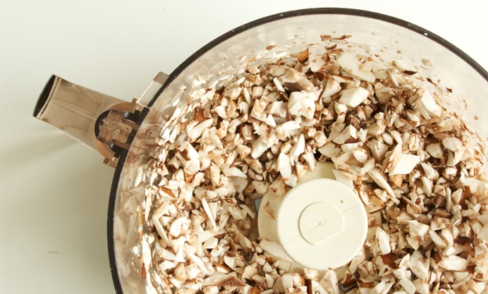 Chop the mushrooms fine in a food processor