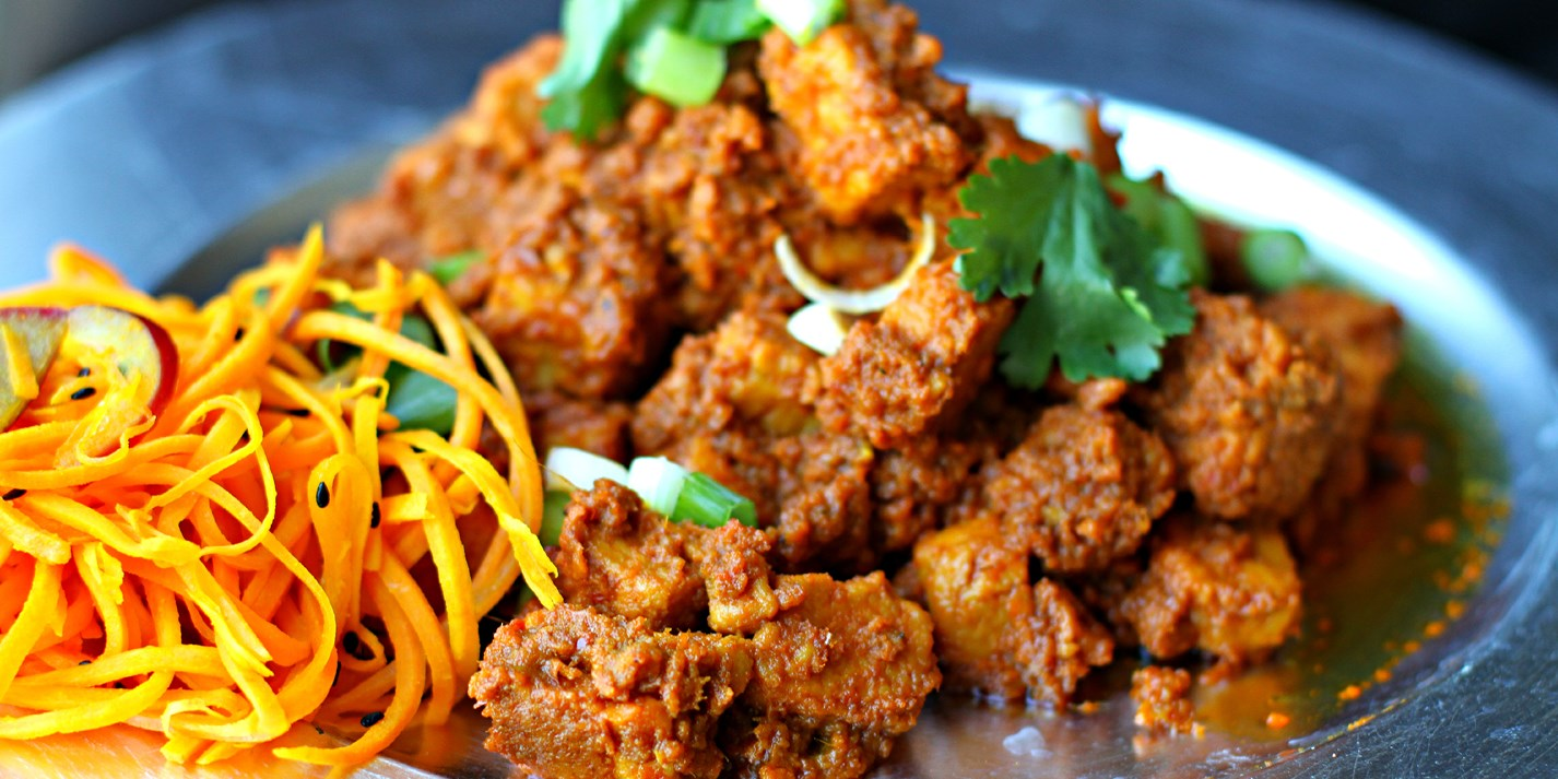Quorn rendang curry