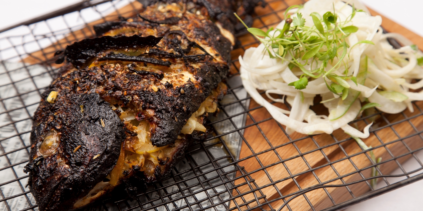 Grilled sea bream with fennel coleslaw