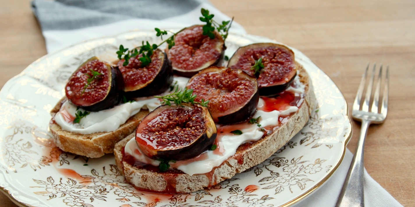 Grilled honeyed figs on sourdough toast with goat's milk labneh and lemon thyme