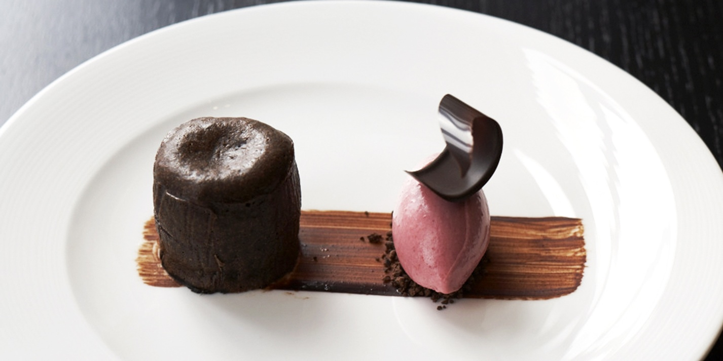 Chocolate and griottine fondant with cherry yoghurt ice cream