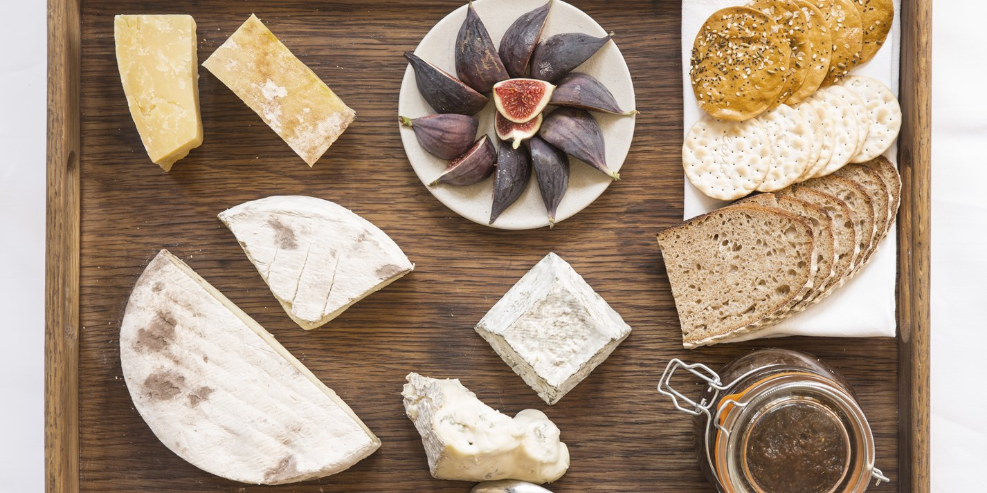 How to create a vegetarian cheeseboard