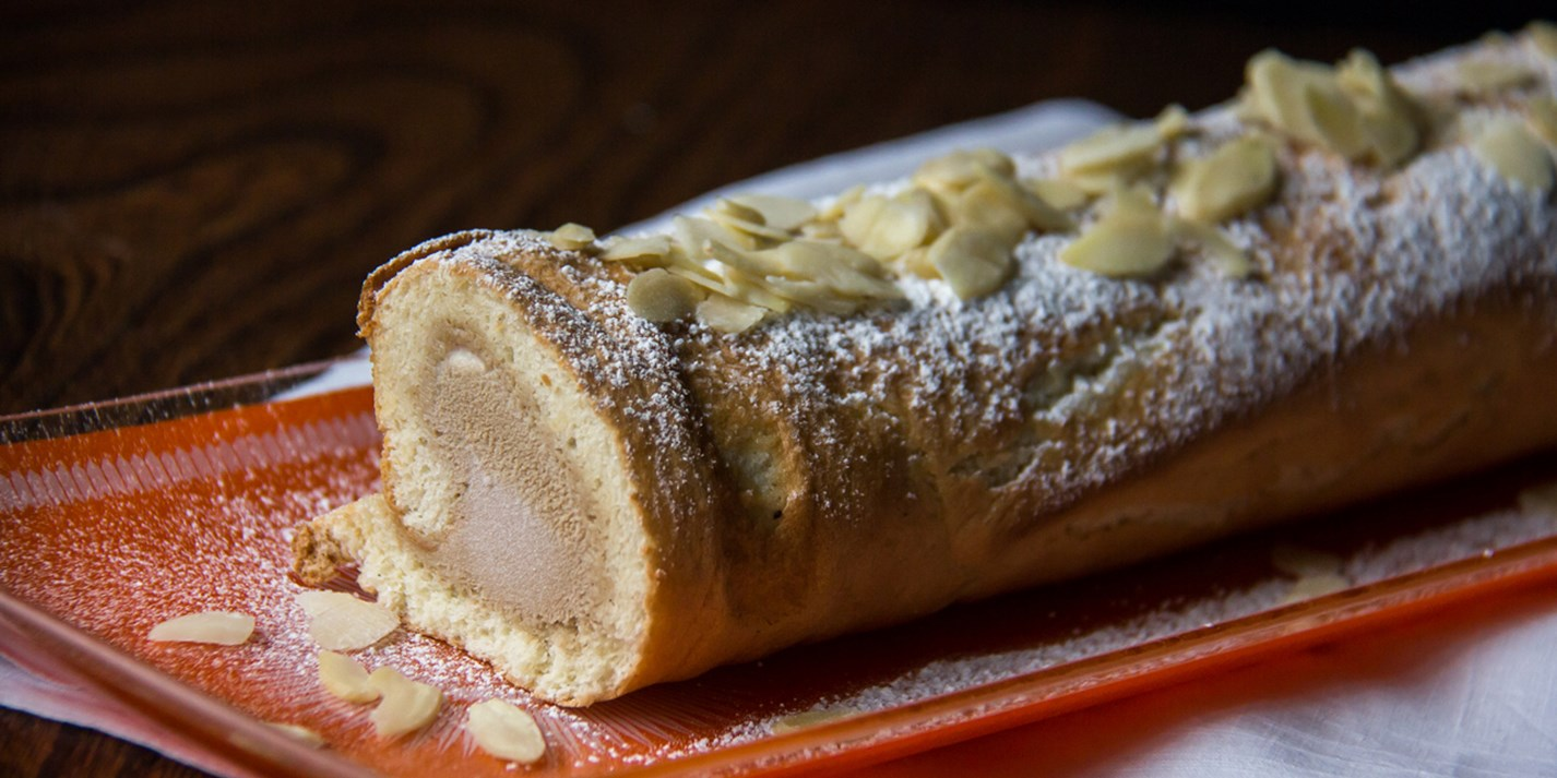 Coffee ice cream roulade recipe