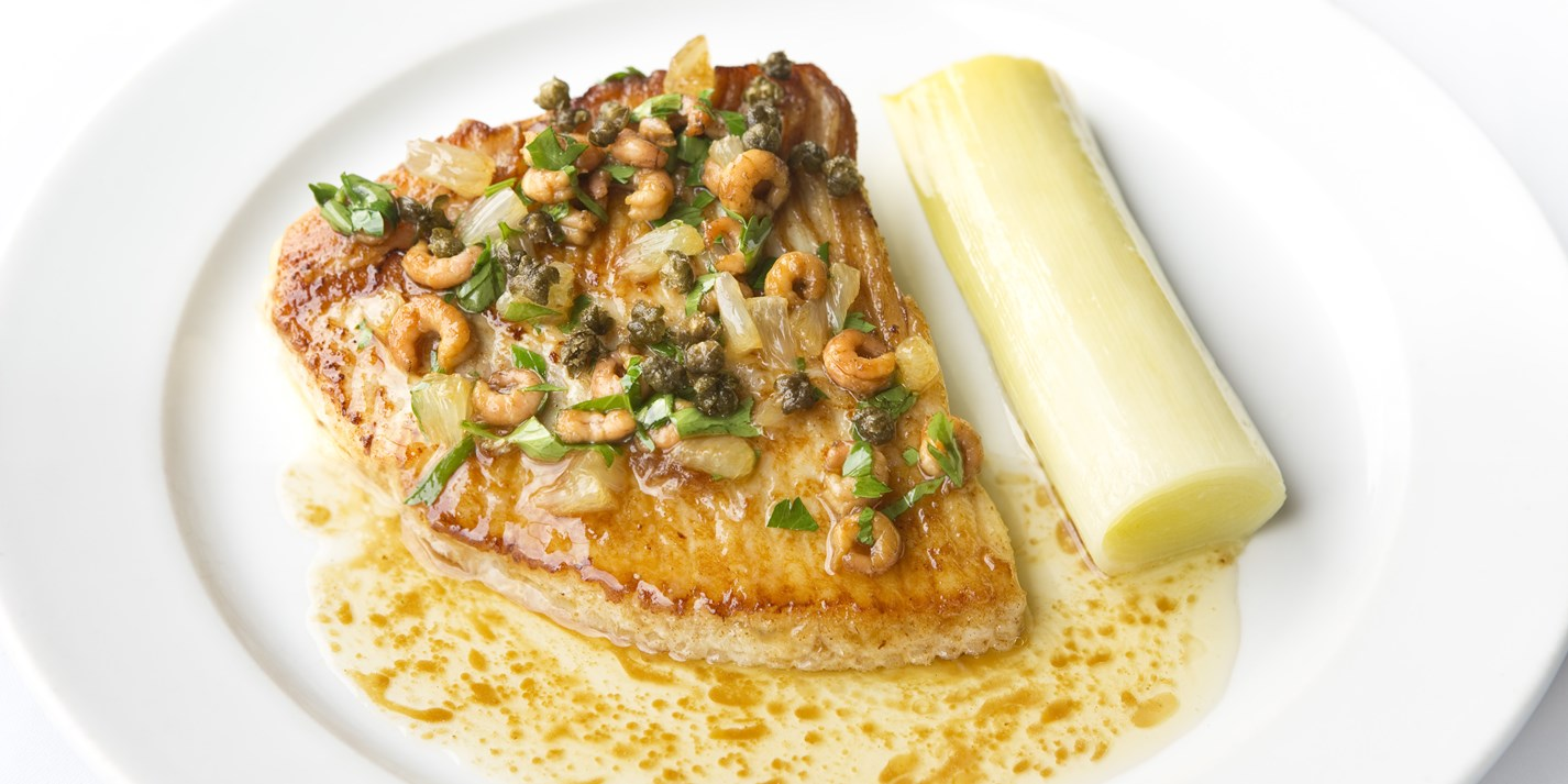 Skate wings with braised leeks and shrimp beurre noisette
