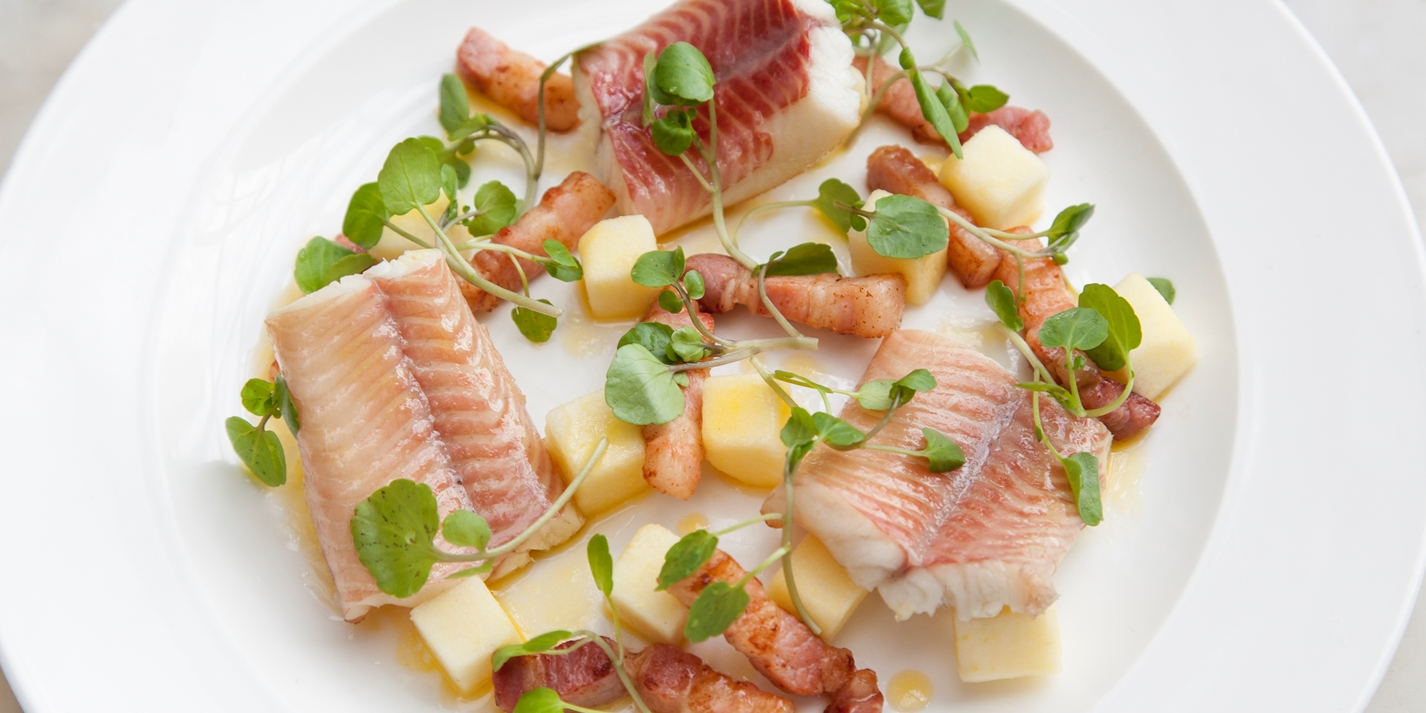 Hot smoked eel with bacon and apple