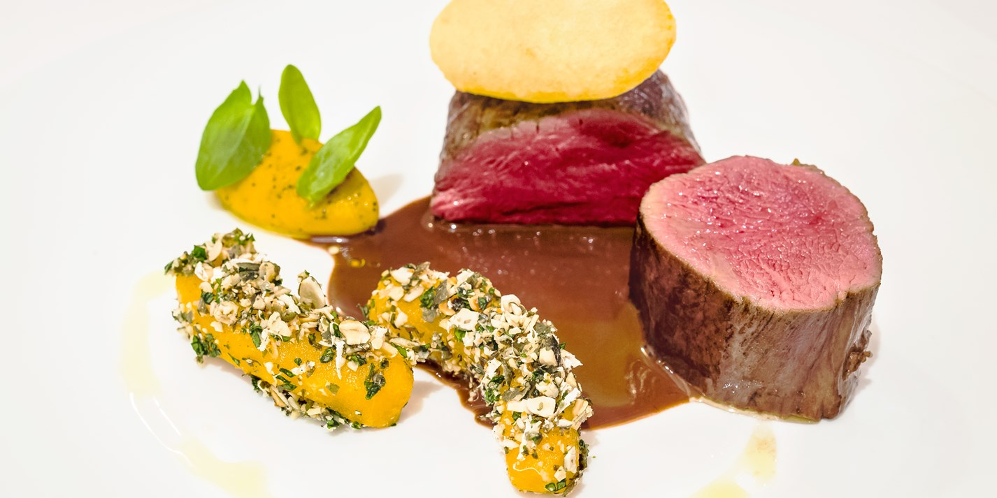 Fallow deer, pumpkin, passion fruit and smoked grand veneur