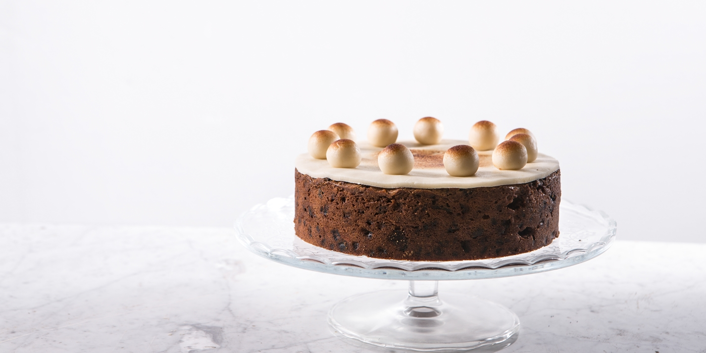 Cake Recipes In Pictures: Great British Chefs