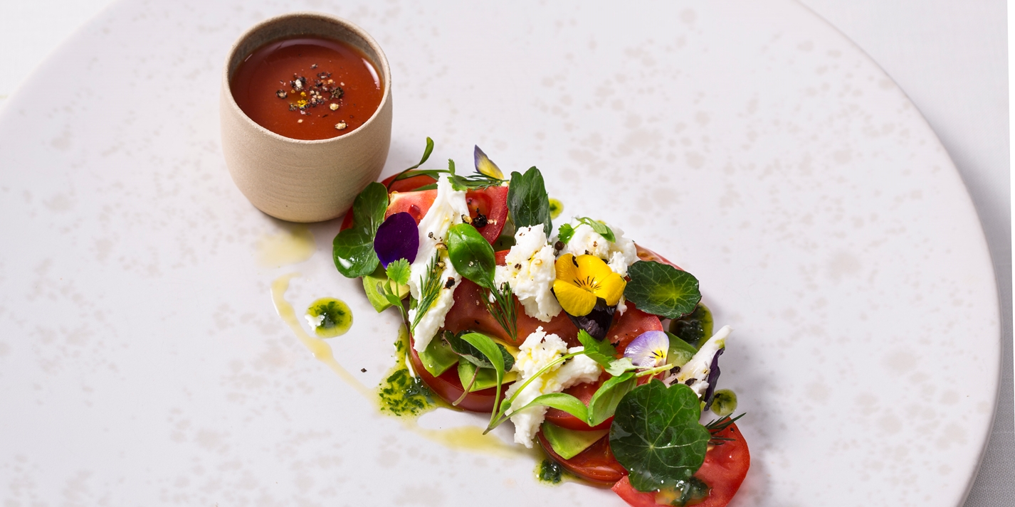 Tomato and mozzarella salad with lovage pesto