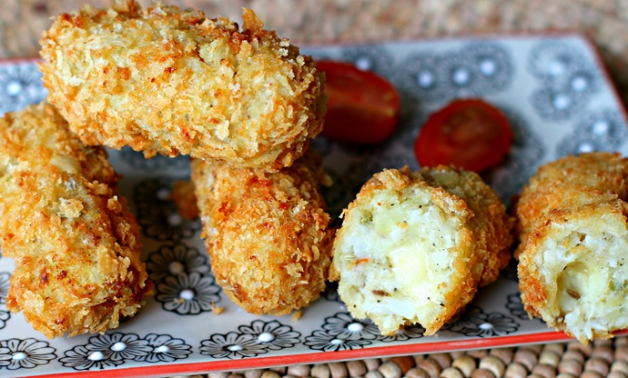 Cauliflower, potato, fennel and chilli cheese croquettes