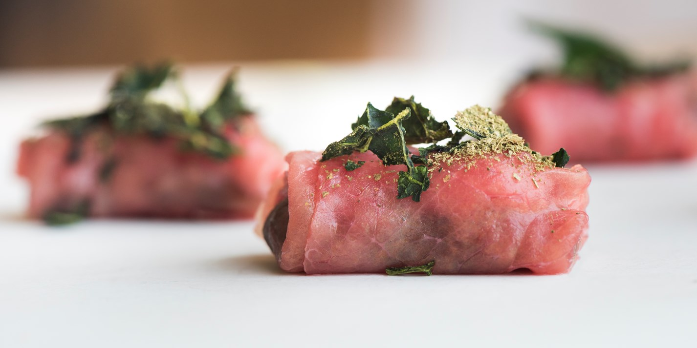 Beef carpaccio canap recipe great italian chefs for Italian canape ideas