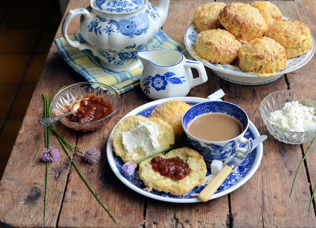 Cheese and chive scones with tomato relish and herby cream cheese
