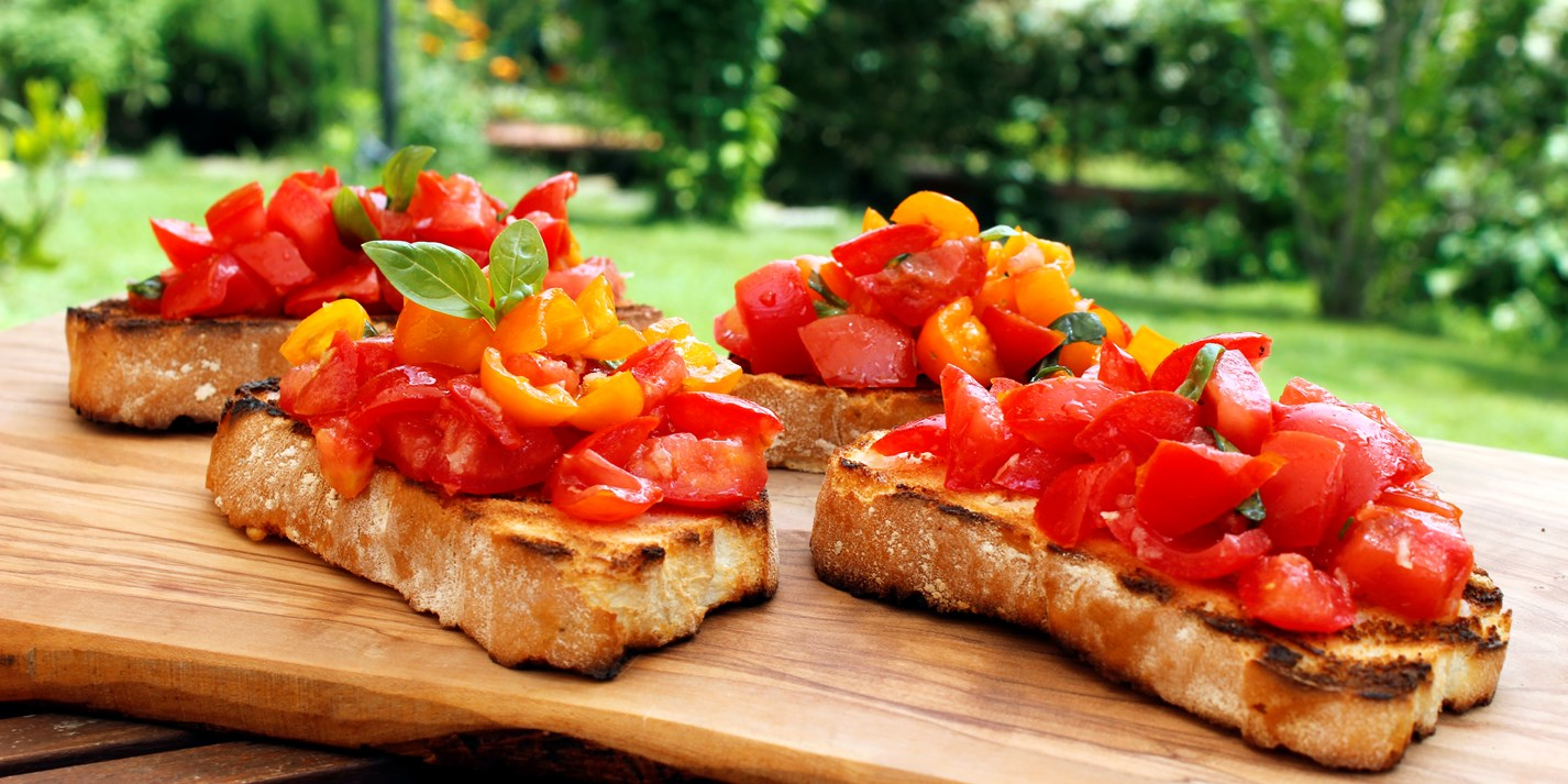 Tomato Bruschetta Recipe - Great Italian Chefs