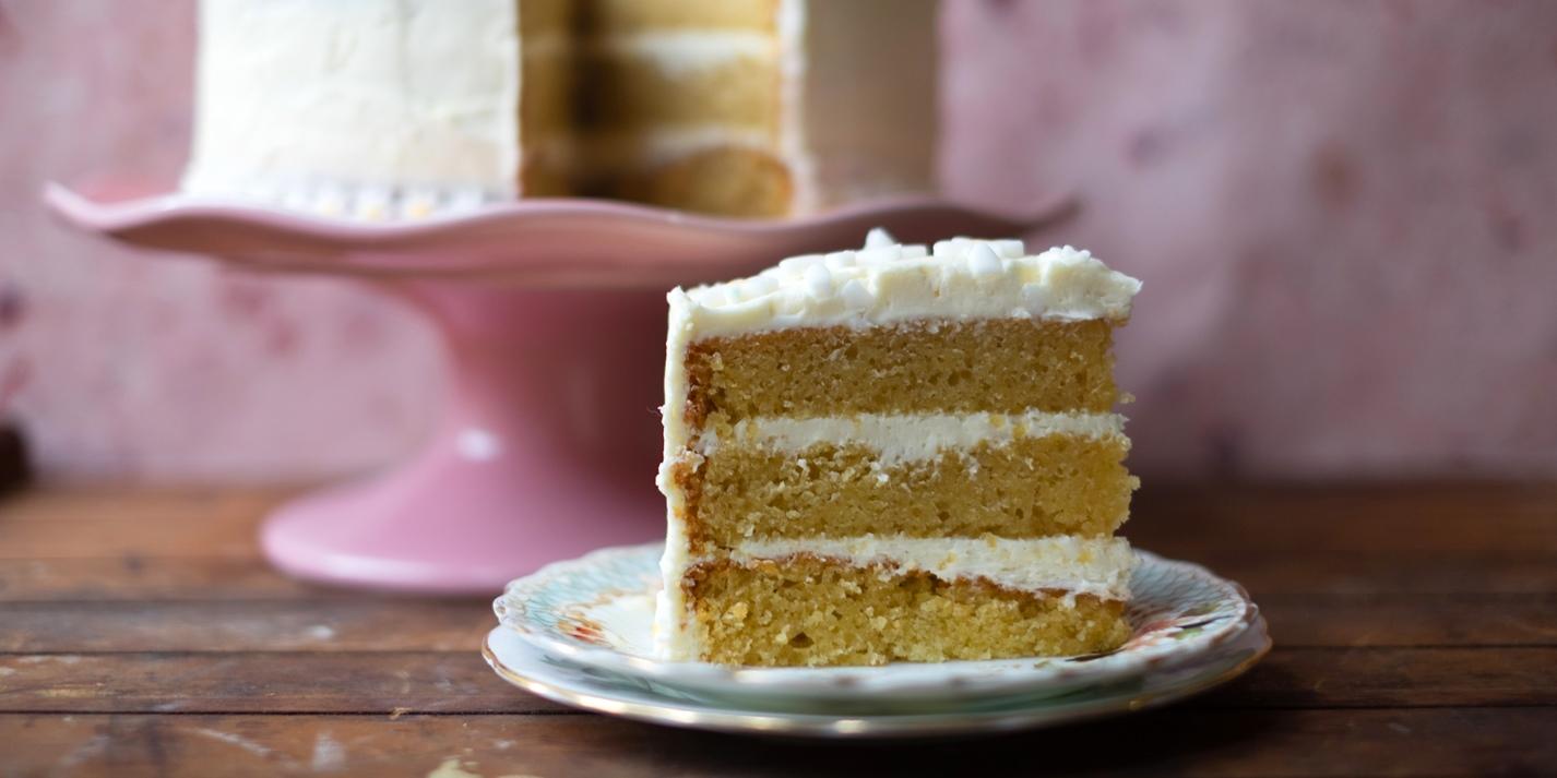 Layered Vanilla Cake Recipes: Easy Vanilla Cake Recipe
