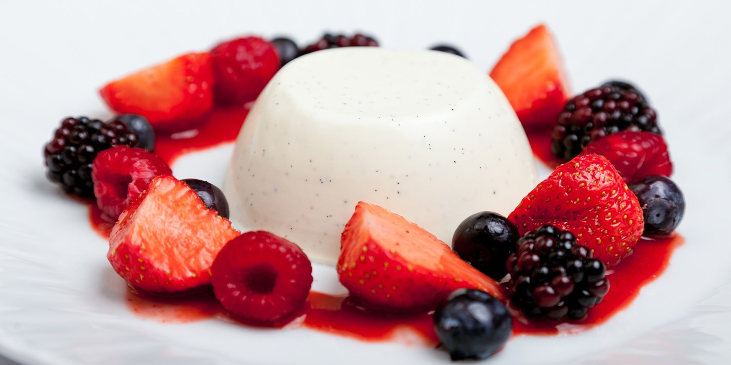 Panna cotta with summer berries